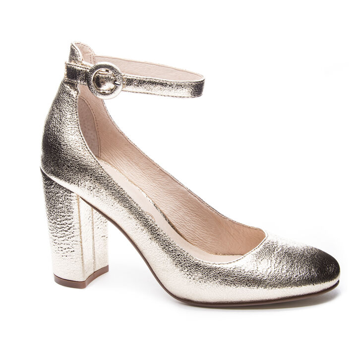 Chinese Laundry Veronika Pumps in Gold