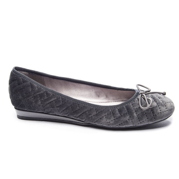 Chinese Laundry Aris Ballet Flats in Grey