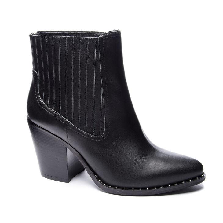 Chinese Laundry Sonya Block Heels in Black