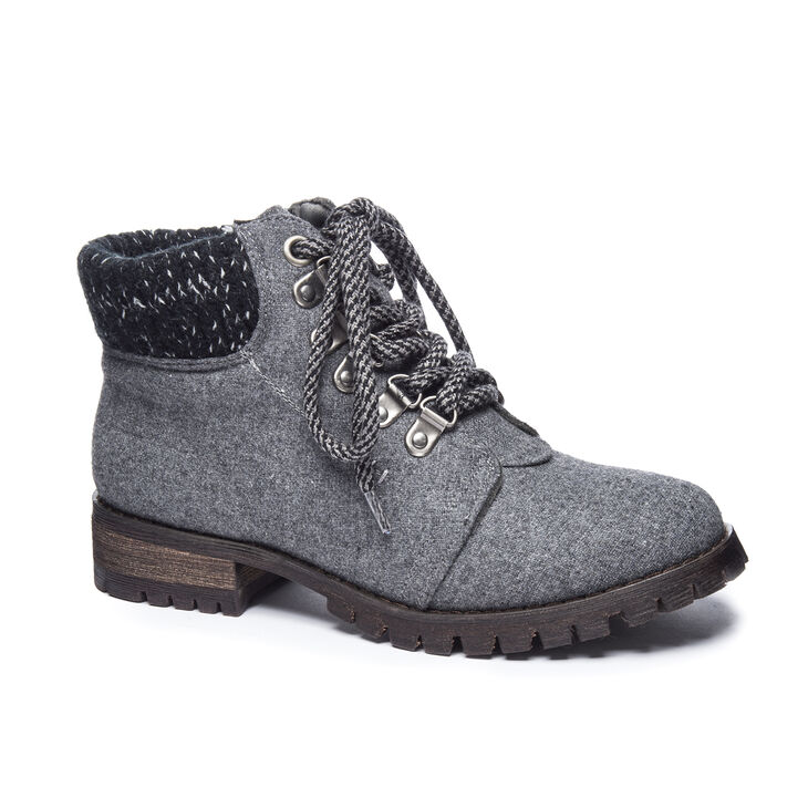 Chinese Laundry Treble Boots in Dark Grey Size 10.0