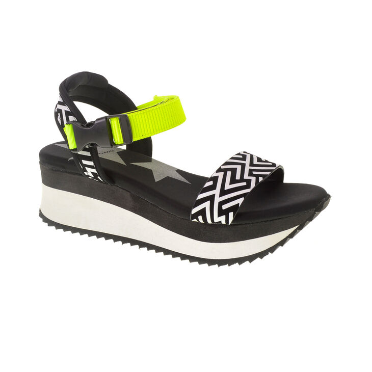 Chinese Laundry Grand Sandals in Blk/wht Size 9.0