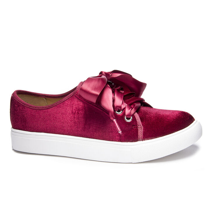 Chinese Laundry Fillmore Sneakers in Merlot