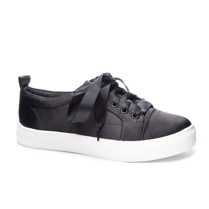 Chinese Laundry Jackson Sneakers in Black