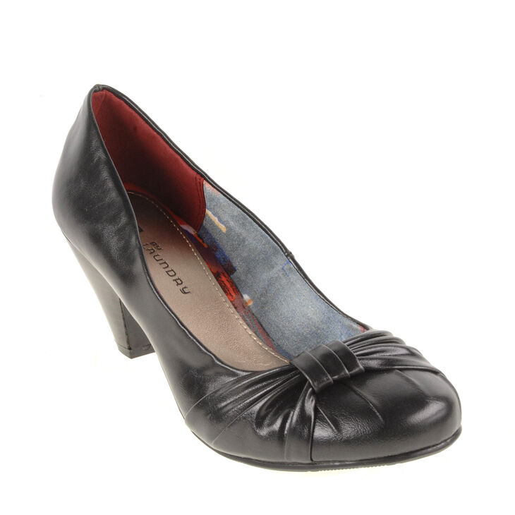 Chinese Laundry Sonnet Pumps in Black