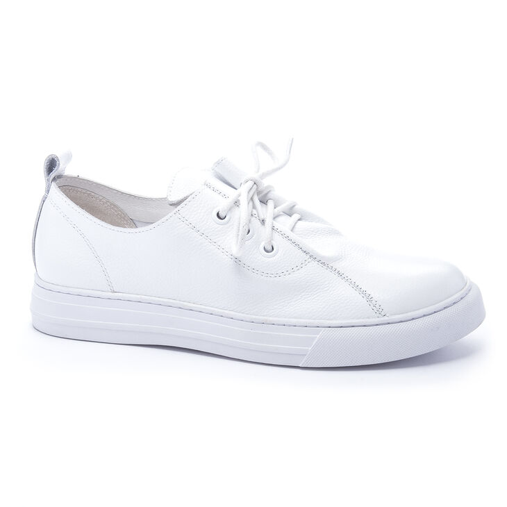 Chinese Laundry Finale Sneakers in White