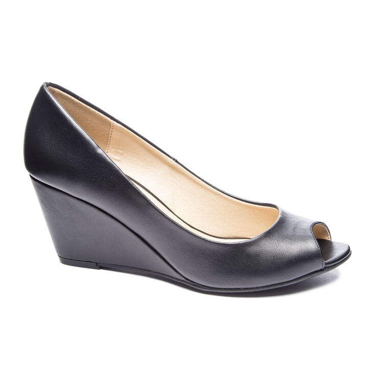 Chinese Laundry Noreen Pumps in Black