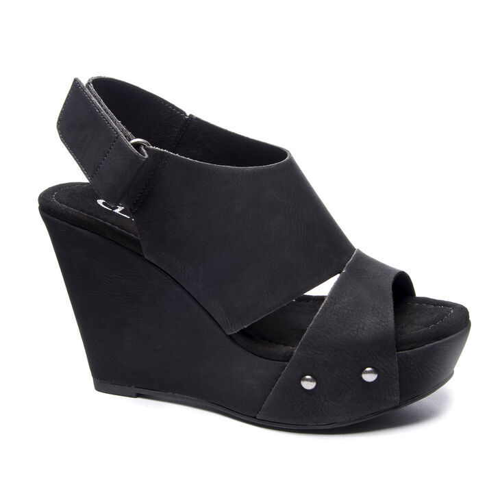 Chinese Laundry Cutey Wedges in Black