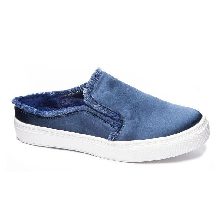 Chinese Laundry Miss Jaxon Sneakers in Navy
