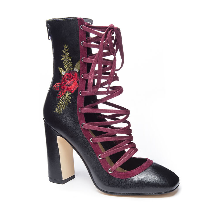 Chinese Laundry Sylvia Pumps in Black