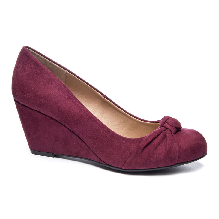 Chinese Laundry Nerin Pumps in Merlot