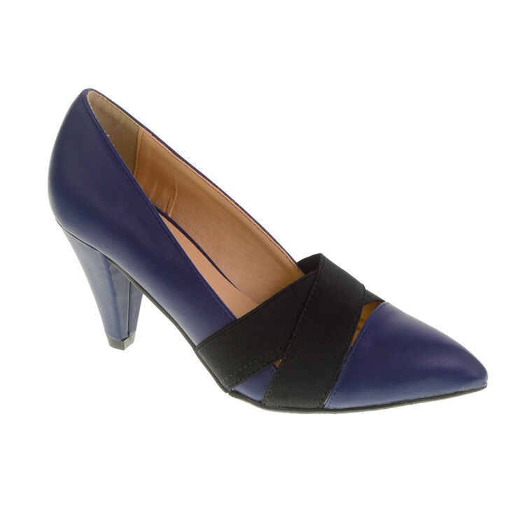 Chinese Laundry Aliza Pumps in Navy Size 6.5