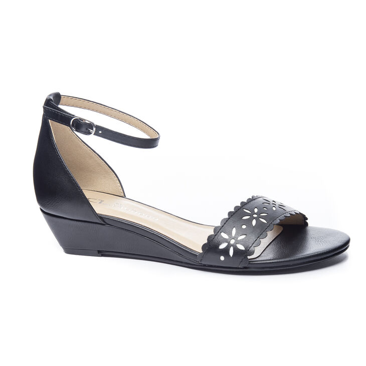 Chinese Laundry Mila Wedges in Black