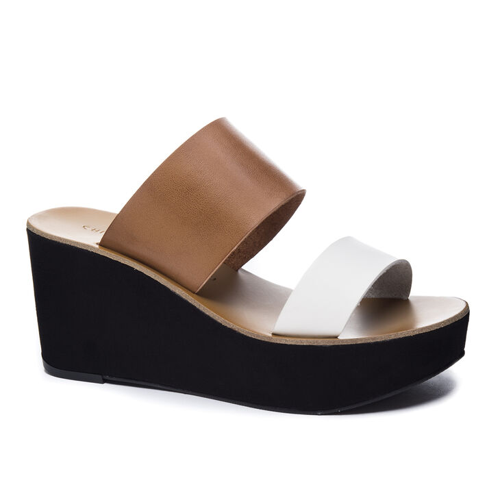 Chinese Laundry Ollie Wedges in Saddle