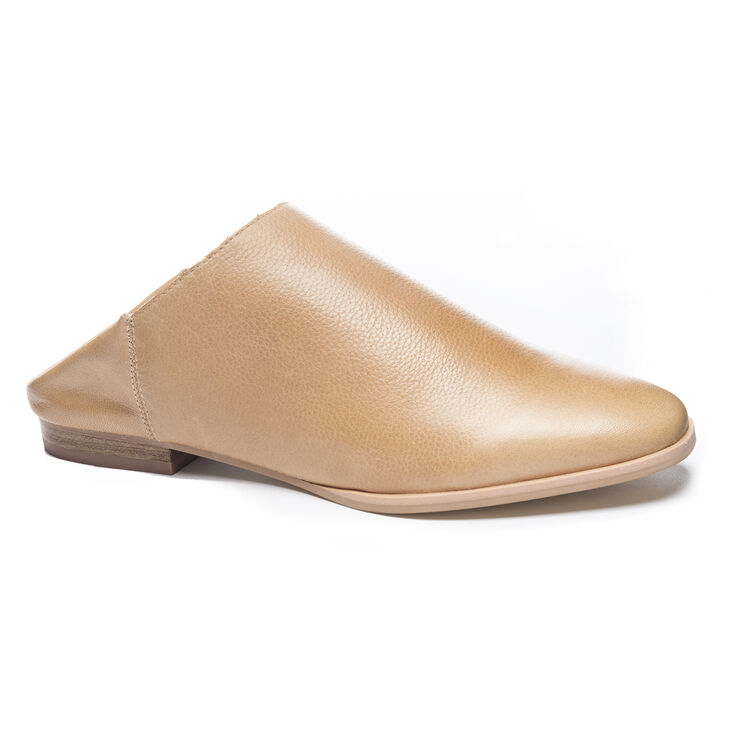 Chinese Laundry Owen Mule Flats in Natural