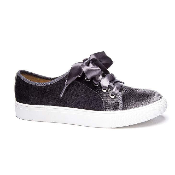 Chinese Laundry Fillmore Sneakers in Smoke