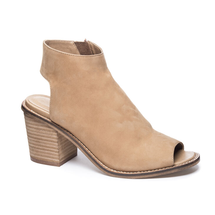 Chinese Laundry Calvin Booties Sandals in Natural