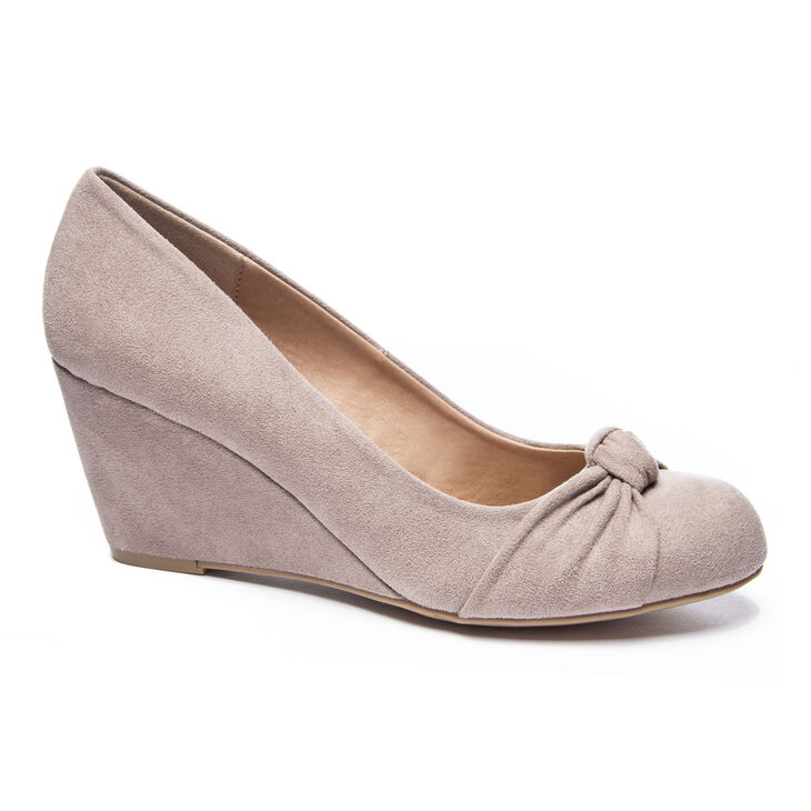 Chinese Laundry Nerin Pumps in Pebble Taupe