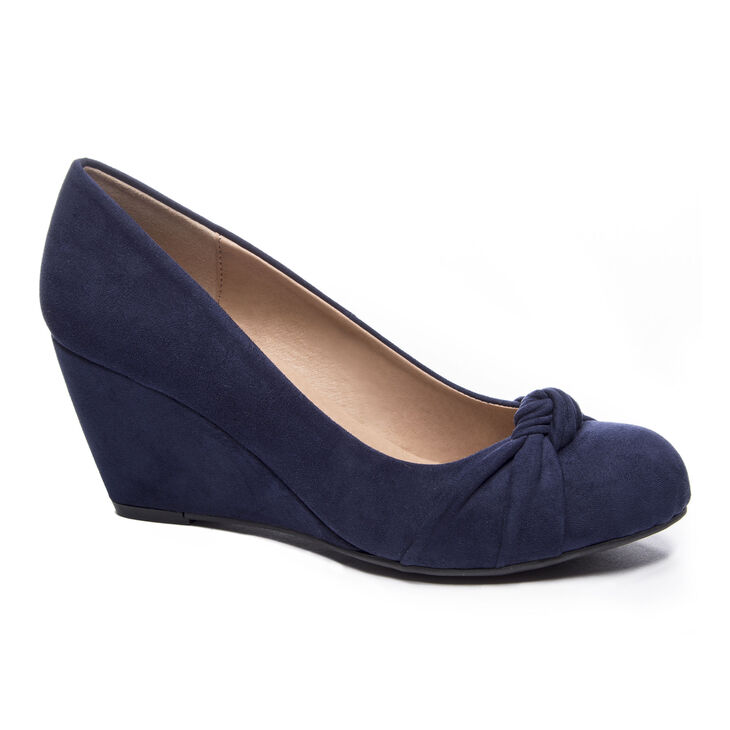 Chinese Laundry Nerin Pumps in Navy