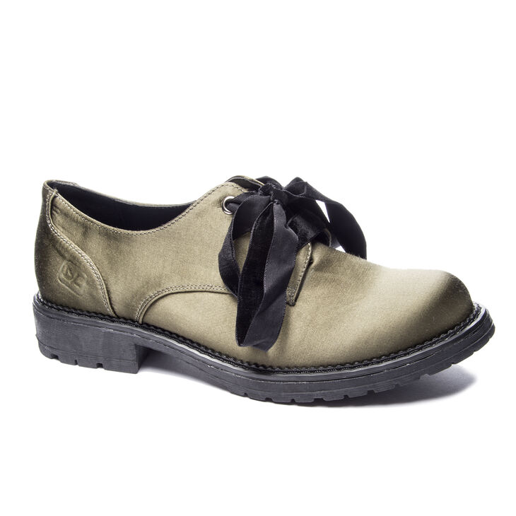Chinese Laundry Rockford in Olive